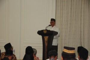 Rektor UIN Jakarta Menyampaikan Kultum  Di Istana Wakil Presiden