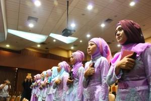 Prodi Ilmu Keperawatan FKIK UIN Jakarta mengambil sumpah profesi 14 Ners baru