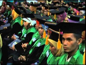 UIN Jakarta bakal mewisuda 1.137 sarjana baru pada Wisuda Sarjana ke-97, Sabtu-Minggu (22-23/08/2015). Wisudawan berasal dari 11 fakultas dan Sekolah Pascasarjana.