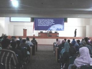 Rektor Sambangi Seminar Internasional FSH UIN Jakarta