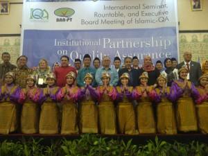 Kejutan untuk Rektor UIN Jakarta Saat Jamuan Makan Malam Seminar International Islamic-QA