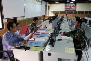 Suasana seleksi masuk SPs UIN Jakarta. Sebanyak 88 Mahasiswa baru SPs, magister dan doktor, mengikuti kegiatan Orientasi Studi di SPS, Senin-Rabu (22-24/02).