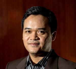 Dr. Gun Gun Heryanto