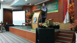 Acara yang bertajuk Dukungan Sosialisasi Pelaksanaan Seleksi Peserta PBSB 2016 Melalui Computer Based Test (CBT) ini bertempat di ruang Auditorium FKIK UIN Jakarta, Selasa (26/04).
