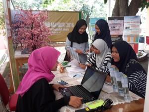 UIN Syarif Hidayatullah Jakarta menjadi tuan rumah sosialisasi SBMPTN 2016. Acara ini diikuti empat Perguruan Tinggi dengan mengambil tempat di pelataran gedung Auditorium Harun Nasution, Sabtu (30/04).