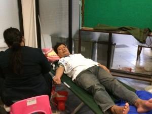 Himpunan Mahasiswa Program Studi (HMPS) Keperawatan bekerjasama dengan DEMA Fakultas dan Palang Merah Indonesia (PMI) mengadakan kegiatan donor darah. Acara ini diselenggarakan dalam rangka memeriahkan Milad Ke-11 jurusan Keperawatan FKIK UIN Jakarta. Bertempat di ruang Sekretariat HMPS dan DEMA-Fakultas, FKIK UIN Jakarta, Senin (16/05).