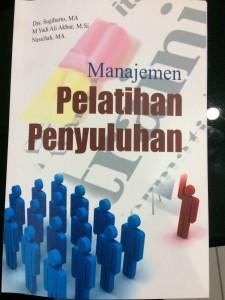 Serial Buku Ajar, Manajemen Pelatihan Penyuluhan