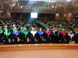 Pelaksanaan Wisuda Sarjana Ke-100 UIN Jakarta. Auditorium Harun Nasution, Sabtu (21/05).