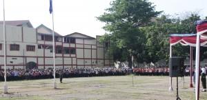 Mahasiswa baru UIN Jakarta Menggelar Gladi Resik Upaca Pembukaan OPAK 2016, Senin (23/08).
