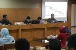 Biro Administrasi Umum dan Kepegawaian (AUK) melalui Bagian Kepegawaian UIN Jakarta menggelar acara Sosialisasi Implementasi Remunerasi Dosen di Ruang Diorama Harun Nasution, Rabu (21/9).