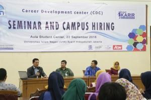 UIN Jakarta melalui bagian Kerjasama dan Kelembagaan bakal membuka pusat layanan karir. Hal ini dalam rangka meningkatkan mutu lulusan dan studi kasus bagi mahasiswa tingkat akhir dan alumni supaya bisa diterima di dunia kerja.