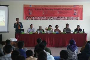 Pusat Perpustakaan UIN Jakarta bekerjasama dengan Big Motivation Community mengadakan launching buku Big Motivation pada, Kamis (27/10), bertempat di aula Pusat Perpustakaan UIN Jakarta lt 7.