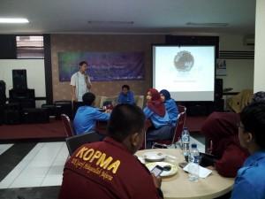 Unit Kegiatan Mahasiswa (UKM) Koperasi Mahasiswa (KOPMA) UIN Jakarta bekerja sama dengan Assosiasi Koperasi Mahasiswa menggelar acara Sharing dan Upgrading perkoperasian dengan koperasi mahasiswa perguruan tinggi se-Jabodetabek dan Banten, Sabtu (8/10).