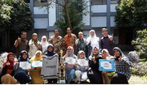 Tim Futsal Putri Fakultas Psikologi Sabet Juara