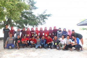 Komunitas Pengusaha Mahasiswa UINPreneurs kukuhkan 13 anggota baru. Pengukuhan tersebut dilaksanakan pada, Kamis-Minggu (17-20/11) bertempat di Pulau Tidung, Kepulauan Seribu.