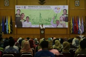 Hary Tanoe Berbagi Kunci Sukses Bisnis di UIN Jakarta