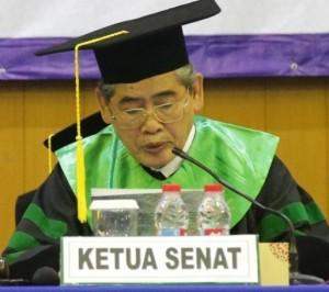 Pidato Ketua Senat Pada Wisuda Ke-102