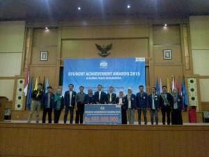 Ajang pemberian penghargaan Student Achievement Award (SAA) yang digelar tahun 2015 lalu di Auditorium Prof Dr Harun Nasution. (Foto: Istimewa)