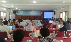 Peserta Rapat Kerja Biro Administrasi Umum dan Kepegawaian digelar di Bogor, Jawa Barat, Jumat (30/12/2016). Rapat membahas evaluasi dan laporan kinerja tahun 2016 dan menyusun program kerja tahun anggaran 2017. (Foto: Nanang Syaikhu