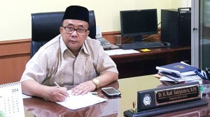 The Head of Public Administration and Civil Service Bureau (BAUK) Dr. H. Rudi Subiyantoro, M.Pd
