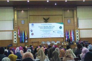 Sikapi Kemajuan IT, FITK UIN Jakarta Gelar Seminar Teknologi Pendidikan