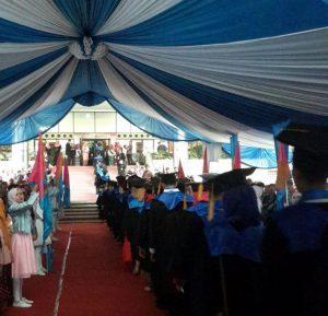 Rector Inaugurated 1096 UIN Jakarta Graduates