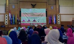 """FITK Holds Education Seminar and """"Go Teach"""" Community Launching"""