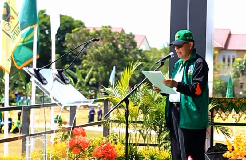 Forum PTKIN berkomitmen menanamkan dan mengembangkan nilai-nilai ajaran Islam yang rahmatan lil alamin, Islam inklusif, moderat, menghargai kemajemukan dan realitas budaya dan bangsa. Komitmen dituangkan dalam Deklarasi Aceh yang dibacakan Ketua Forum PTKIN Prof Dr Dede Rosyada MA dalam Pekan Ilmiah Olahraga Seni dan Riset (PIONIR) VIII 2017 di UIN Ar Raniri Aceh, Banda Aceh, Rabu (26/4/2017).