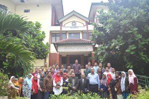 SPs UIN Jakarta Gelar Acara Pelepasan Sarjana Baru