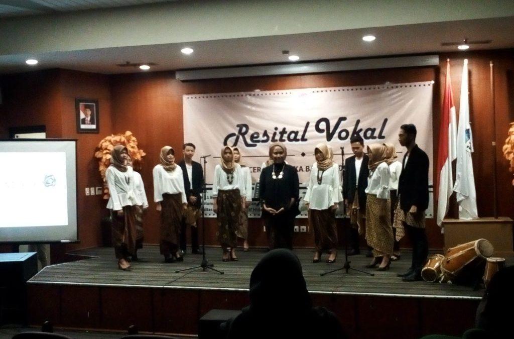PSM UIN Jakarta Holds Vocal Recital 2017