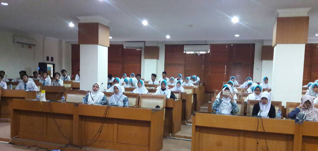 High School Students Mutiara Islamic Plus Visit UIN Jakarta