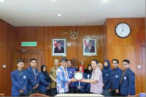 Mahasiswa UIN Jakarta Adakan KKN Kebangsaan di Malaysia
