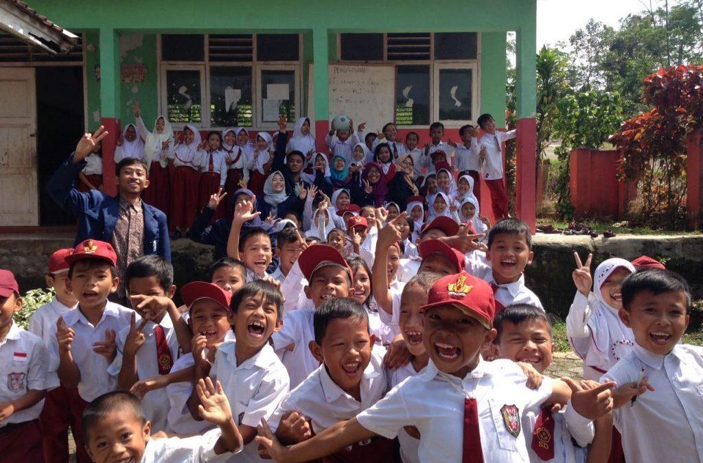 Prospective Teachers from UIN Jakarta Targeting Lebak Village Students