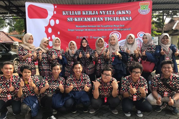 128 UIN Jakarta Students Conducting Community Service at Tigaraksa Sub-District
