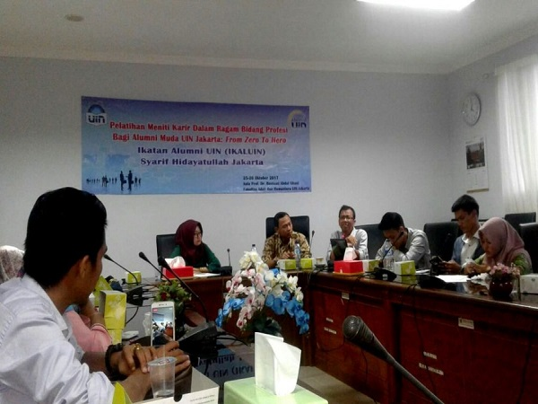 IKALUIN Holds Training Course on Pursuing Career