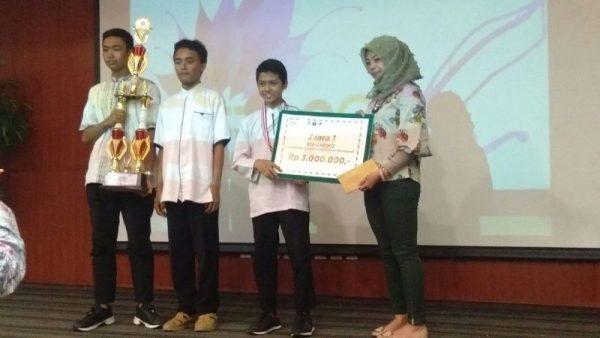 Enliven Santri Day, Santri Scholar of FKIK UIN Jakarta Held Health Olympiad