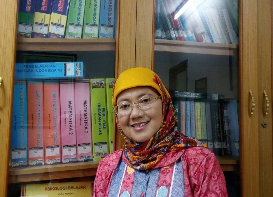 Ulfah Fajarini, Guru Besar Baru FITK