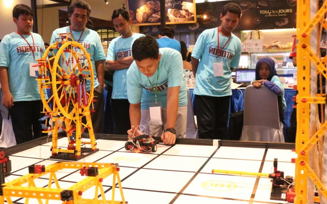 166 Siswa akan Adu Kemampuan Robotik di IIEE 2017