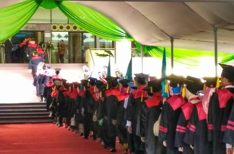 Berikut 19 Lulusan Terbaik Wisuda Ke-106 UIN Jakarta