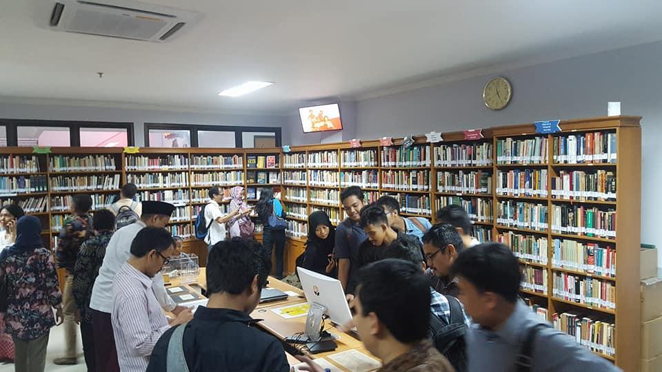 Yudi Latief:  Di Tengah Gelombang Gosip, Harus Ada Masyarakat  Pembaca