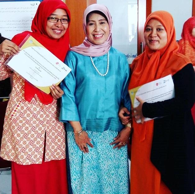 Nurlena MA PhD di Mata Para Mahasiswa