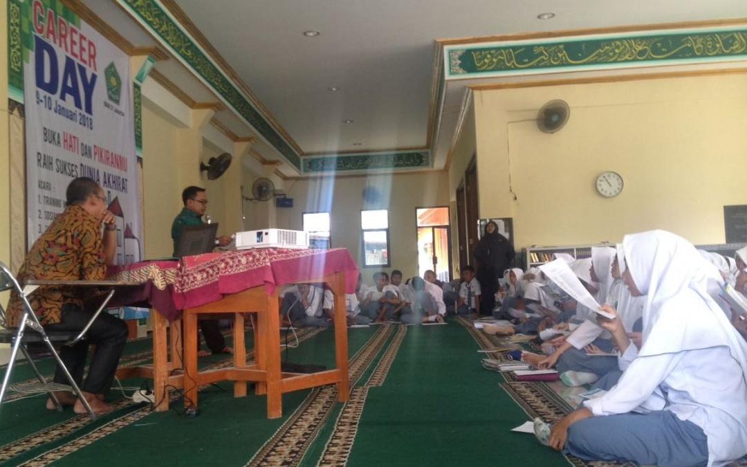 Mayoritas Siswa MAN 21 Minat Kuliah di UIN Jakarta