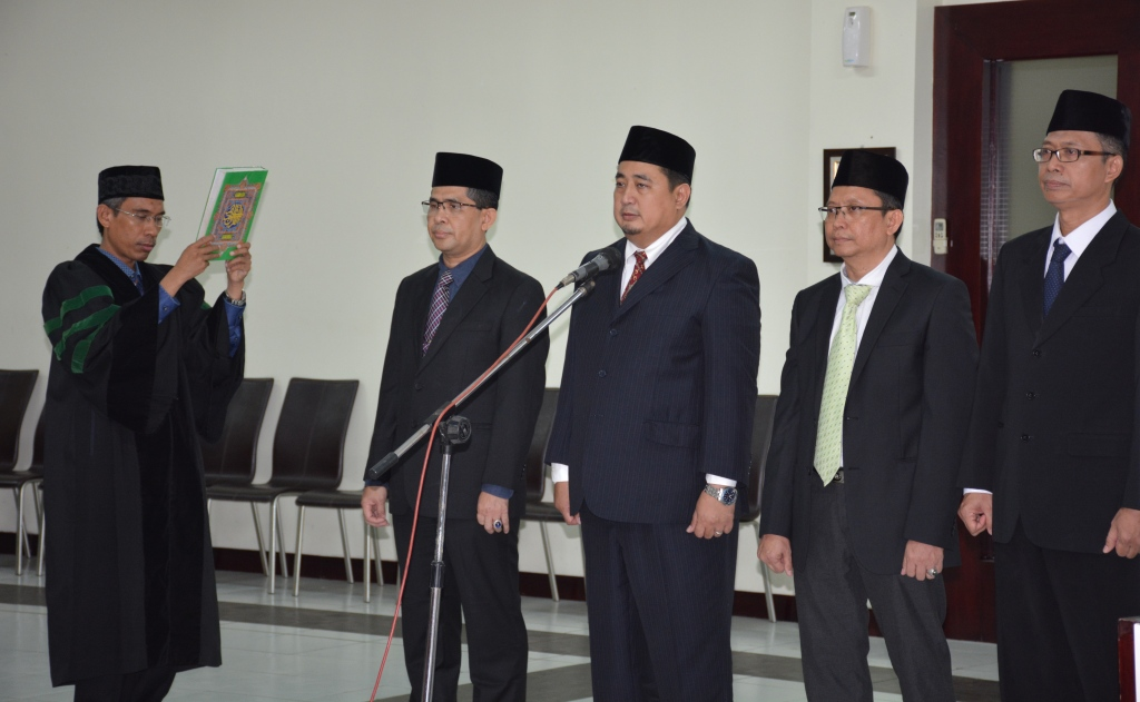 Rector of UIN Jakarta Inaugurated New Officials