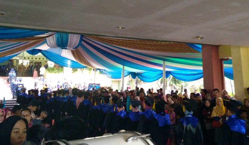 Rector Inaugurated 1201 Graduates