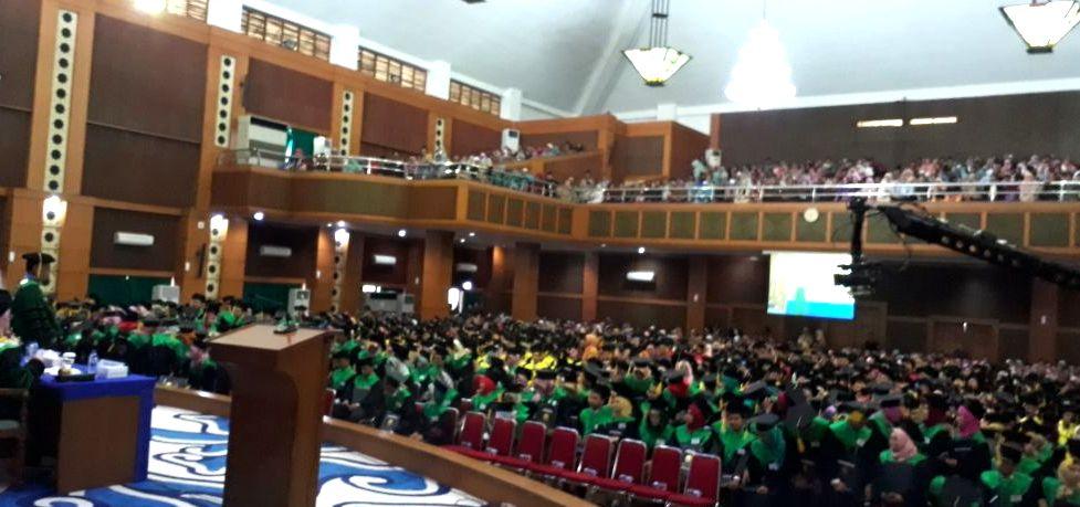 Berikut Lulusan Terbaik Wisuda Ke-107 UIN Jakarta