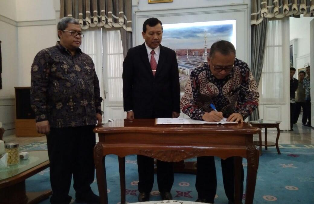 Sah, Jabar Hibahkan Lahan untuk UIN Jakarta