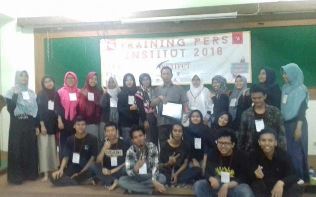 LPM Institut Gelar Training Pers bagi Anggota Baru