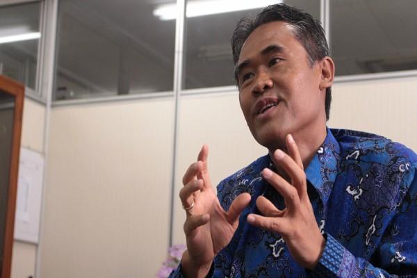 Rektor UGM: Tak Ada Larangan Mahasiswi Bercadar
