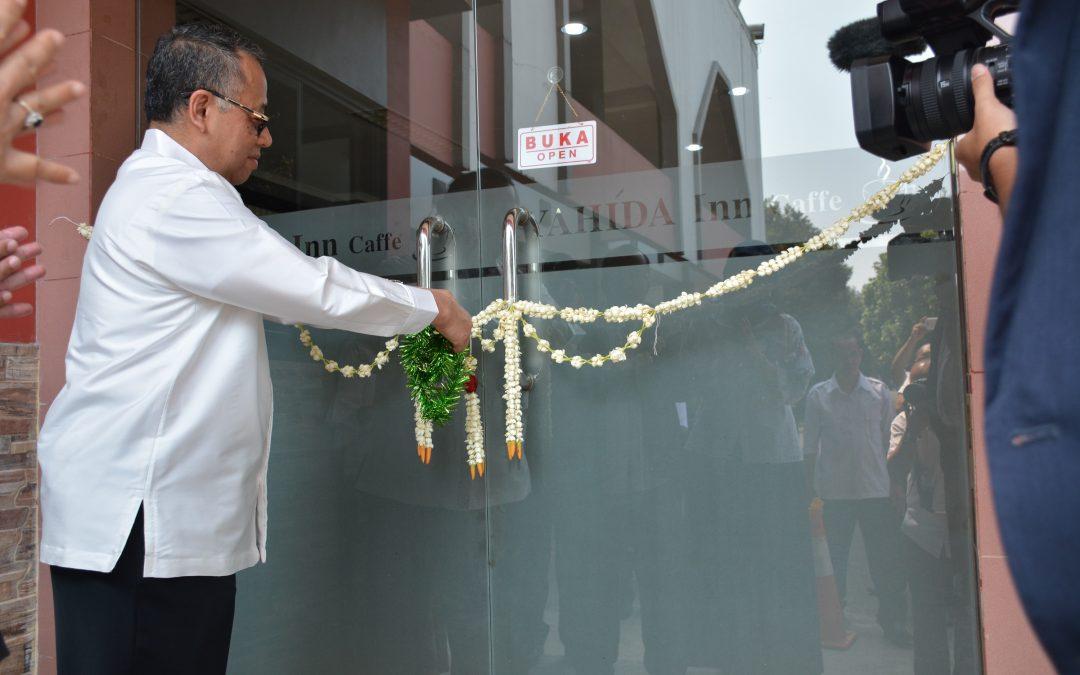 Rektor UIN Jakarta Resmikan Cafe Syahida Inn