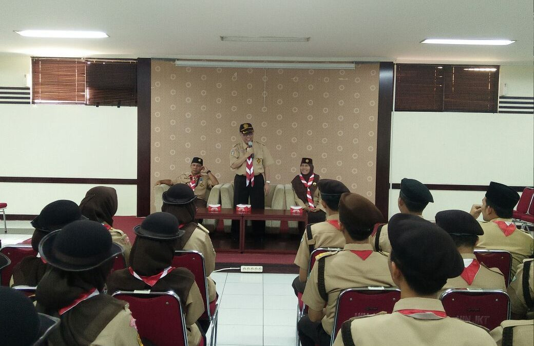 Rector of UIN Jakarta sent off PWK XIV Scout Contingent